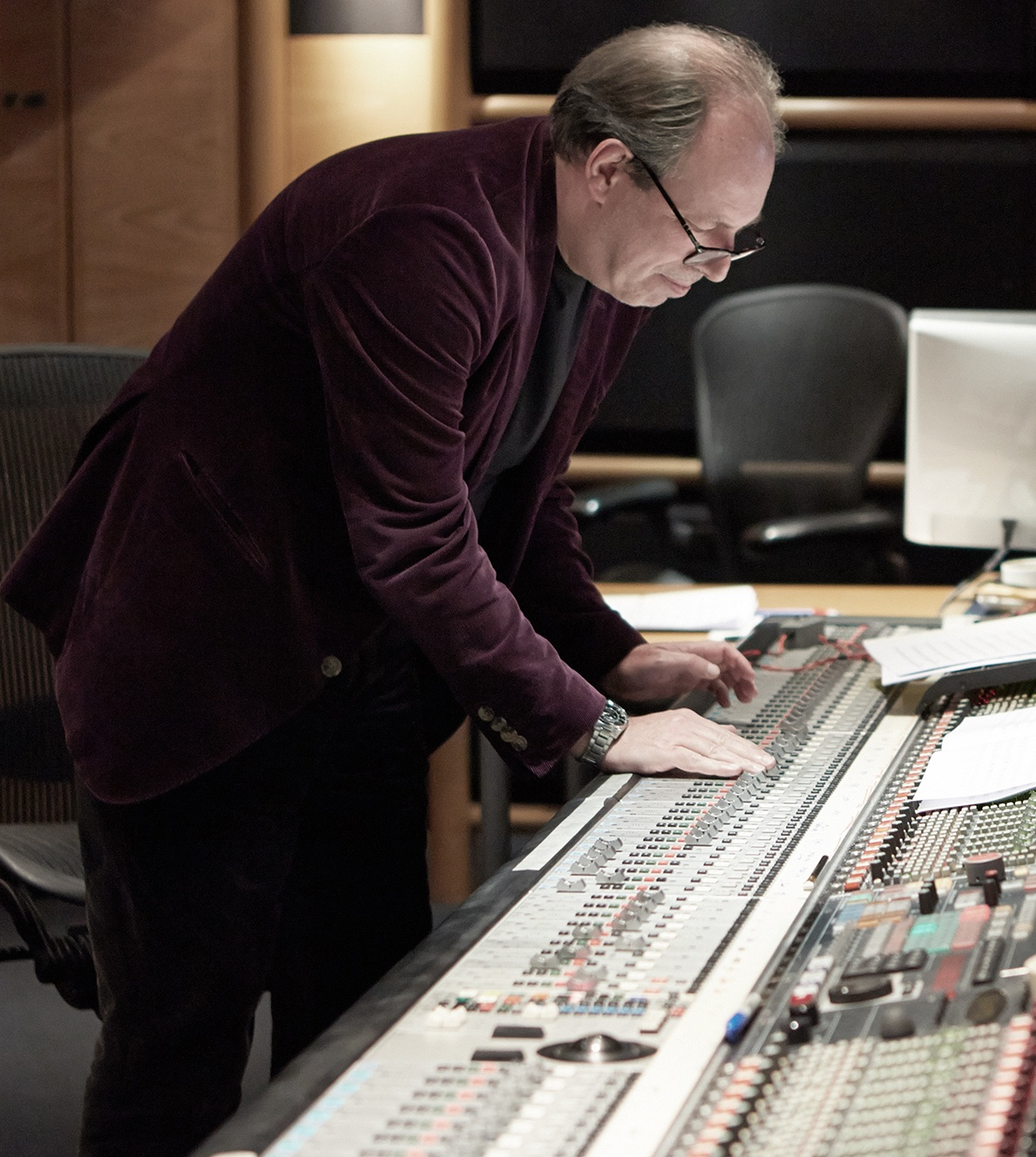 Hans Zimmer PBC score 25 Things You Didn't Know About The Dark Knight Rises