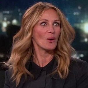 Julia ROberts surprised Top 12 Julia Roberts Movies Of The 80's And 90's