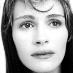 Julia sad Top 12 Julia Roberts Movies Of The 80's And 90's