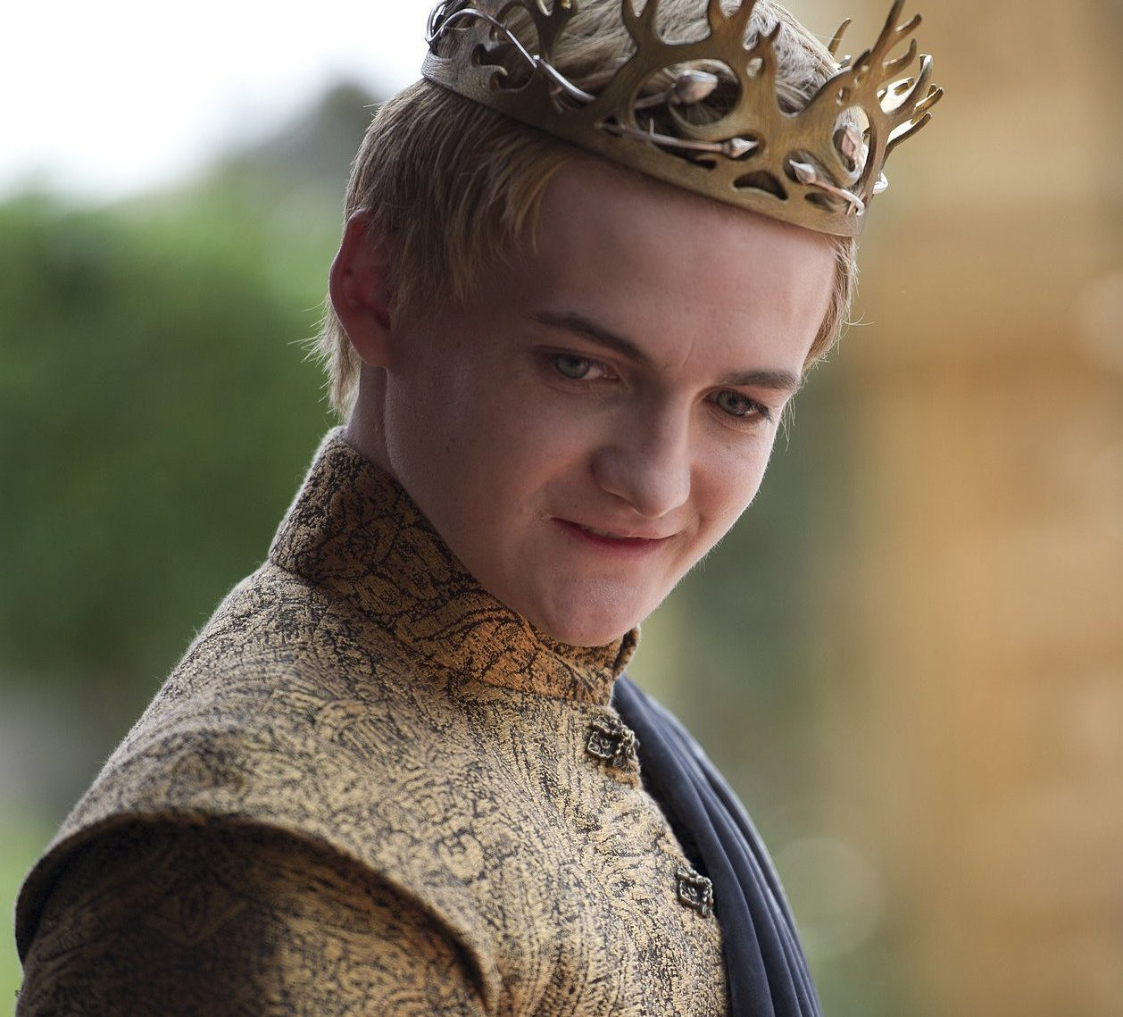 King Joffrey e1431228264970 1 e1626774907186 23 Celebrities Who Now Have 'Normal' Jobs