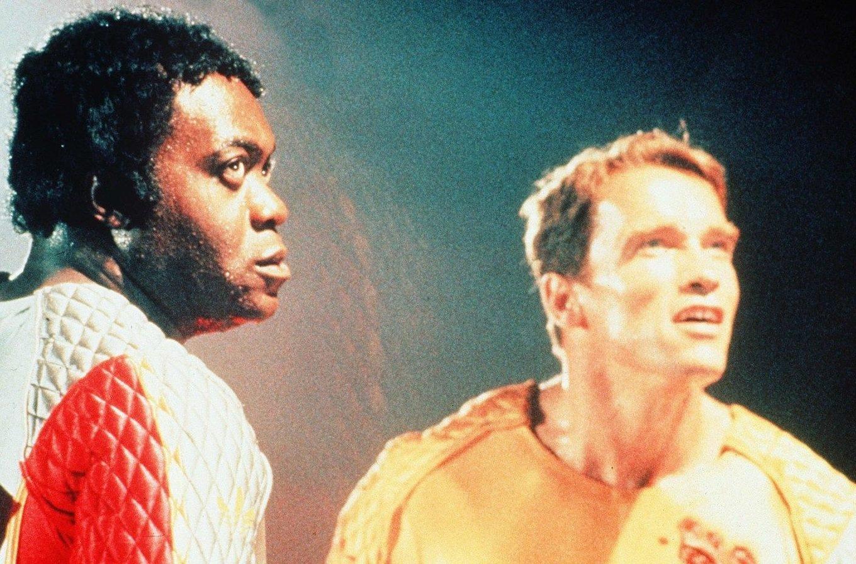 MakeMyDay TheRunningMan 05 1 1600x900 c default e1624888741802 10 Fast-Moving Facts About Schwarzenegger's The Running Man