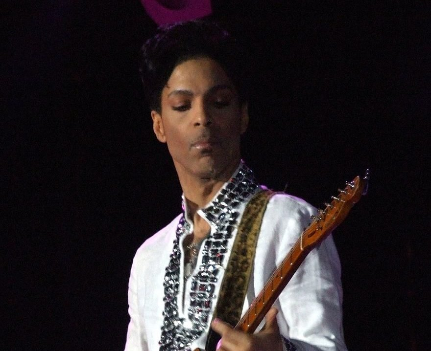 Prince at Coachella cropped e1617804196691 20 Things You Never Knew About Prince