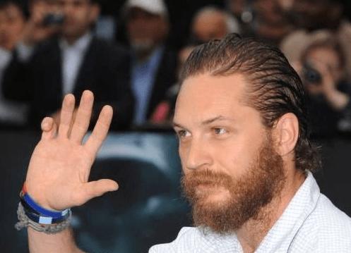 29 Celebrities You Didnt Know Had Deformities Part 8