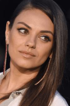 Screenshot 2019 02 07 at 10.02.22 42 Never Before Seen Photographs Of Mila Kunis