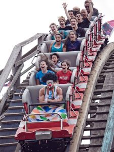 funny roller coaster photos 10 5a68493ecd095 605 30+ Of The Most Hilarious Rollercoaster Photos Of All Time