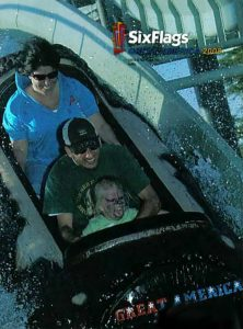 funny roller coaster photos 14 5a6856f74dca4 605 30+ Of The Most Hilarious Rollercoaster Photos Of All Time