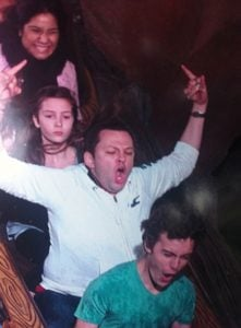 funny roller coaster photos 2 5a69d1238dd45 605 30+ Of The Most Hilarious Rollercoaster Photos Of All Time
