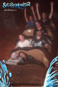 funny roller coaster photos 24 5a69d26317838 605 30+ Of The Most Hilarious Rollercoaster Photos Of All Time