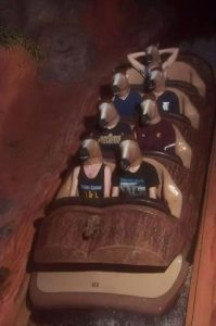 funny roller coaster photos 3 5a69d13aa6799 605 30+ Of The Most Hilarious Rollercoaster Photos Of All Time