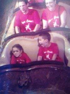 funny roller coaster photos 4 5a69d14721cc4 605 30+ Of The Most Hilarious Rollercoaster Photos Of All Time