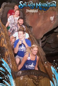 funny roller coaster photos 7 5a69d17081dd6 605 30+ Of The Most Hilarious Rollercoaster Photos Of All Time