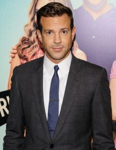 jason sudeikis premiere we re the millers 02 20 Celebrities You Had No Idea Were Related