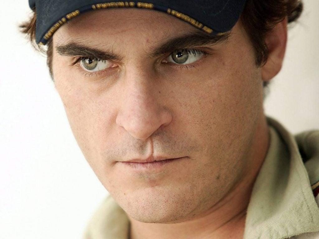 Joaquin Phoenix Lip Scar