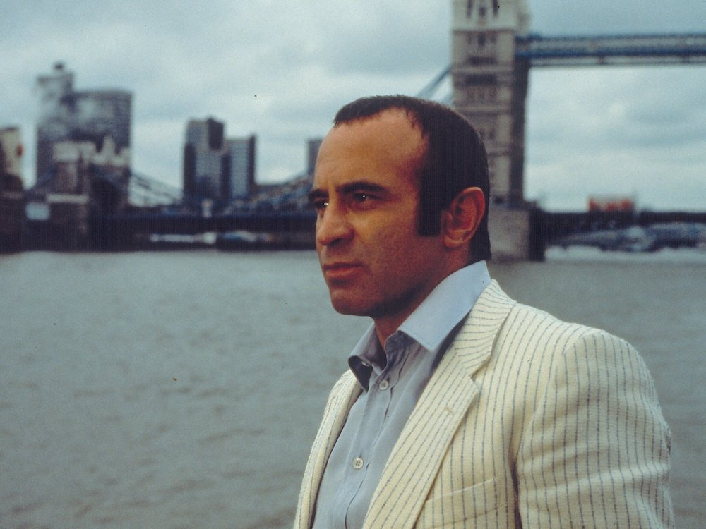 long good friday the 1980 001 bob hoskins 00m h7h 1000x750 1 20 Facts You Won't Believe About The Untouchables