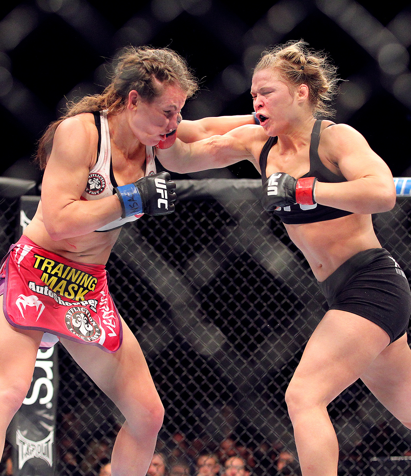 mma cat rousey 06 20 Craziest Conor McGregor Moments