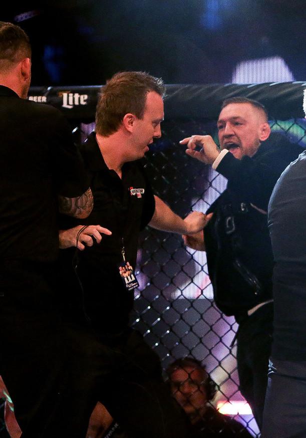 river 1 20 Craziest Conor McGregor Moments