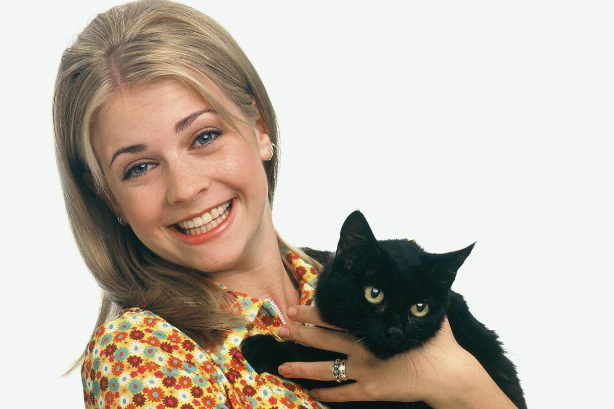 sabrina teenage witch 0 8 Things You Didn't Know About Sabrina the Teenage Witch