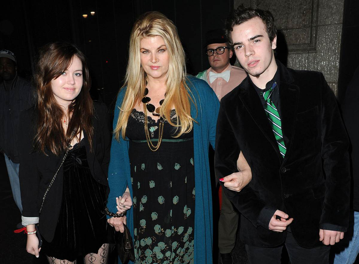 ss 160105 kirstie alley 19 eac94b3ea1c58b90985ab53cf05826c3 10 Facts You Probably Never Knew About Kirstie Alley