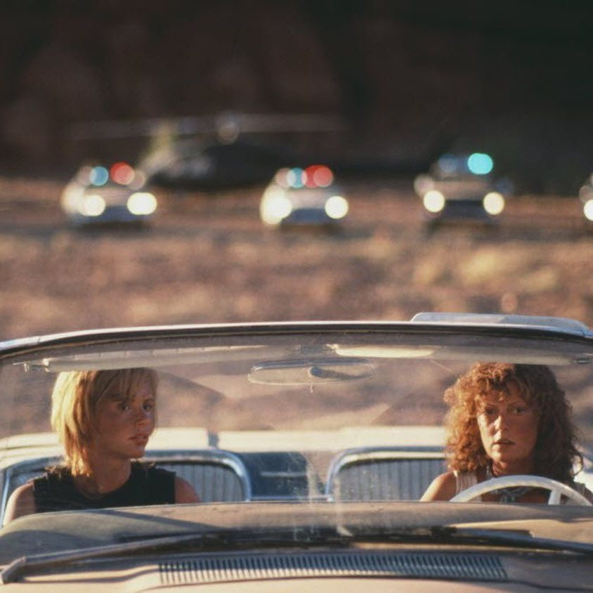 thelma cliffjpg 4607ac14a918862d e1603443398701 20 Things You Might Not Have Realised About Thelma & Louise