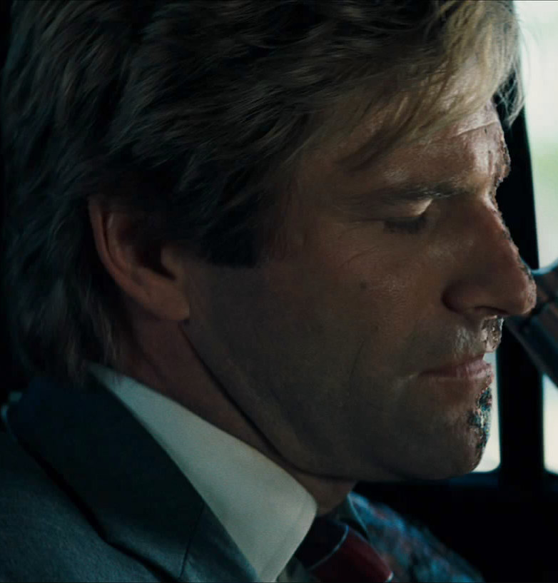 two face harvey dent in car snapshot20080504112013 25 Things You Didn't Know About The Dark Knight Rises