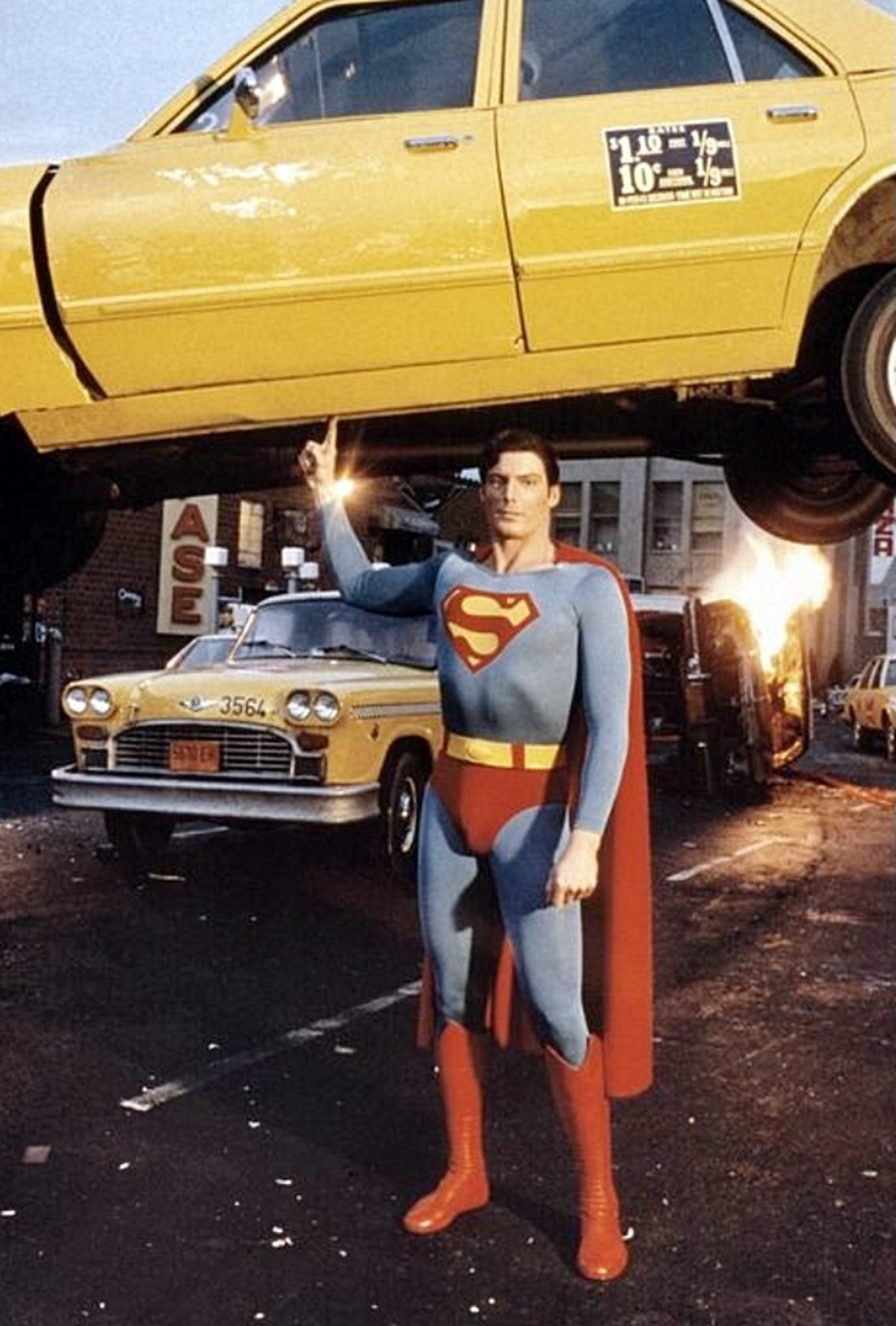 2 13 12 Things You May Have Missed In Christopher Reeve's Superman Films