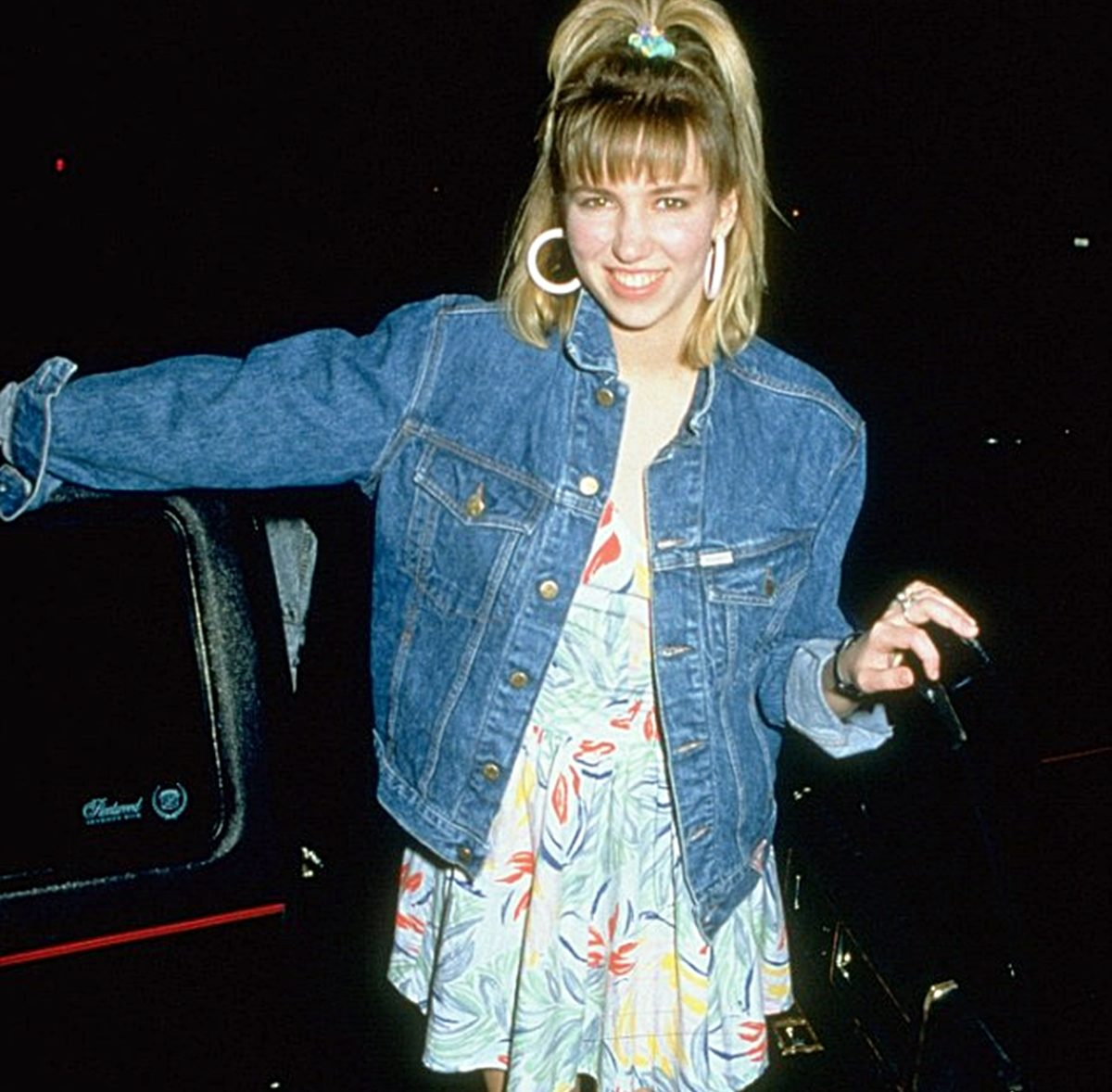6 8 e1625215843322 Remember Debbie Gibson? Here's What She Looks Like Now!