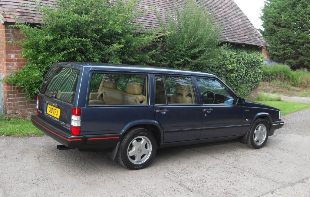 Dark blue Volvo 740