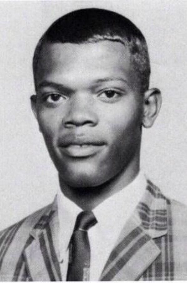 e9b93598 32. samuel l. jackson young college twitter 20 Celebrities With Dark Pasts You Didn't Know About