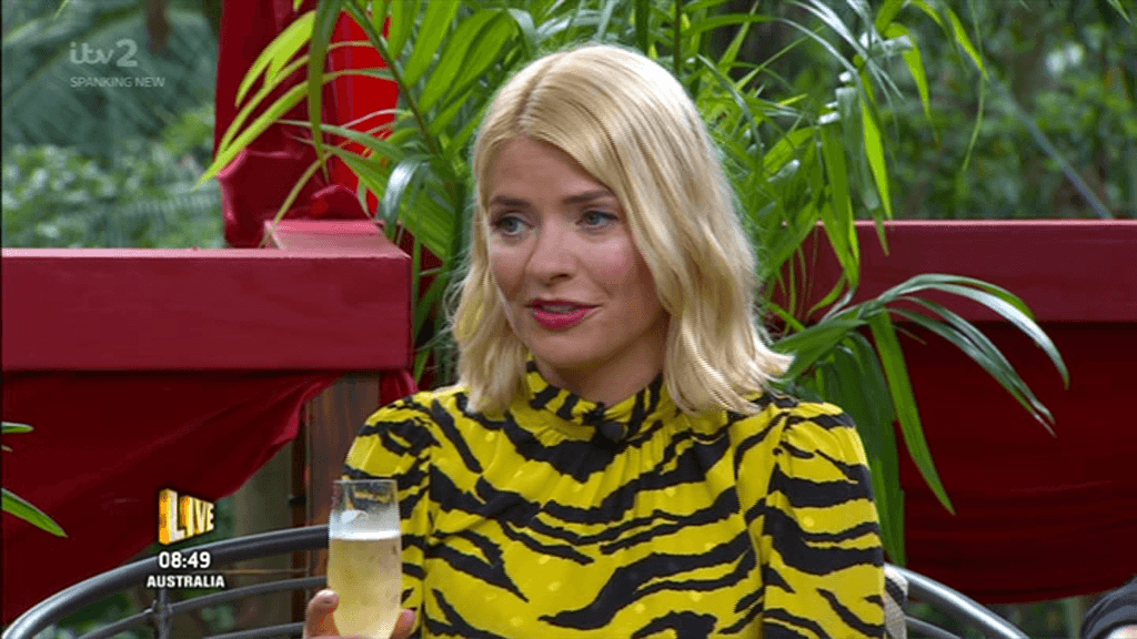 5 2 Holly Willoughby Makes Drunken Appearance On 'This Morning'