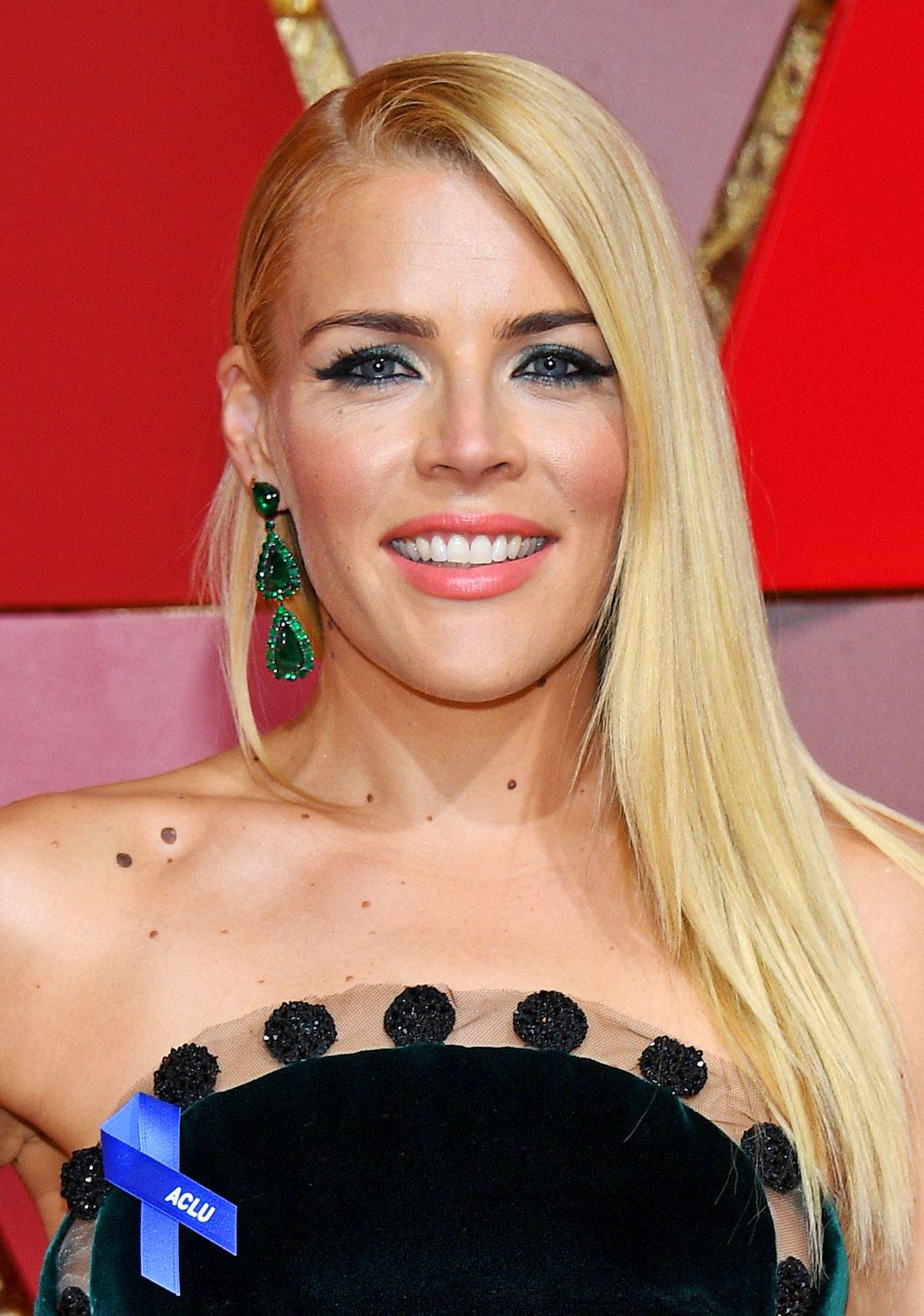busy philipps 8c5b47a4 eeba 468c ae21 2b9c7587c163 40+ Photos Of Celebrities They Would Not Want You To See