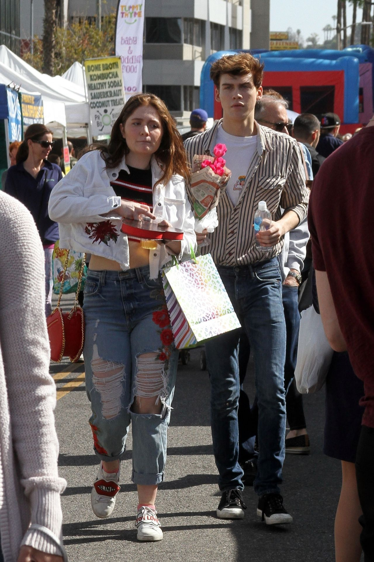 emma kenney with her boyfriend at the farmer s market in studio city 02 11 2018 0 1 The Real Life Partners Of The Roseanne Cast