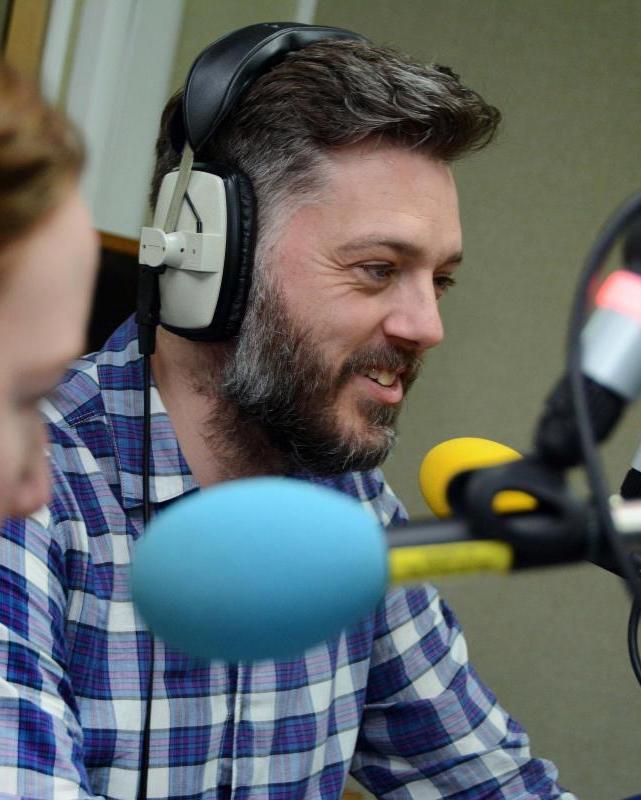 imgID67706865.jpg.gallery Iain Lee Breaks Down After Saving Overdose Man's Life Live On Radio