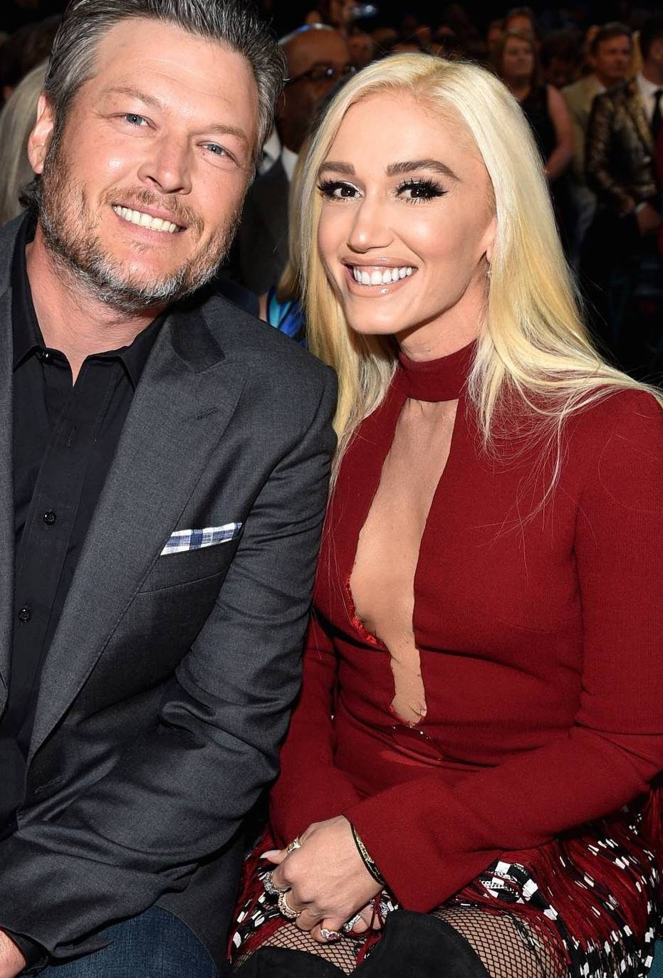 rs 1080x1920 180415183544 1080.gwen stefani blake shelton academy country music awards 2018.ct .041518 e1544783344861 Celebs Before And After Surgery