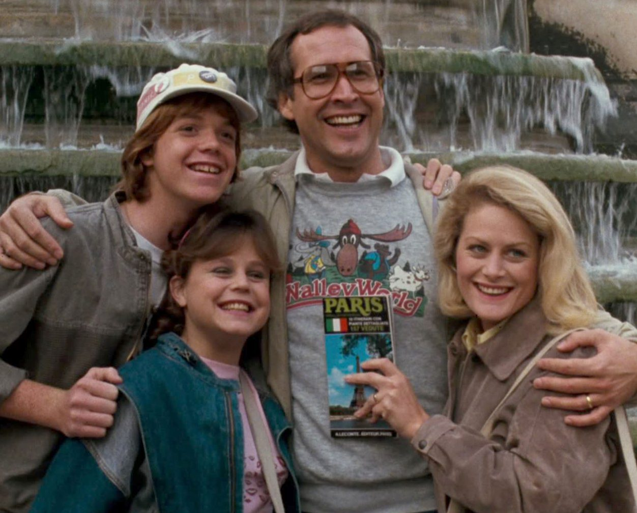 wb 85406 SVOD Full Image GalleryBackground en GB 1483993558747. RI e1617019178297 30 Things You Probably Didn't Know About National Lampoon's Christmas Vacation