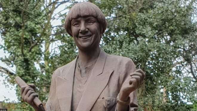 105335467 victoriawood planning Victoria Wood Memorial Statue Faces Backlash Over Claims It Looks 'More Like Peter Beardsley'