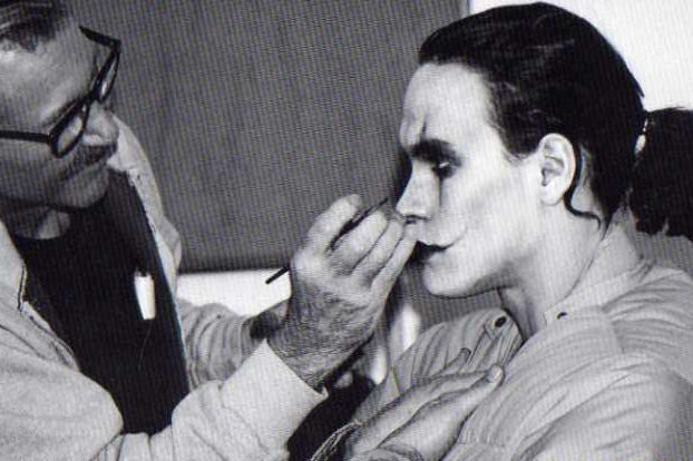 201410220000613 e1613141660637 30 Haunting Facts About Brandon Lee's The Crow