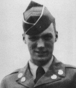 23c672caae2bff6aa31e37d66217d2c2 clint eastwood attractive people e1547822280859 25 Celebrities You Didn't Know Served In The Military