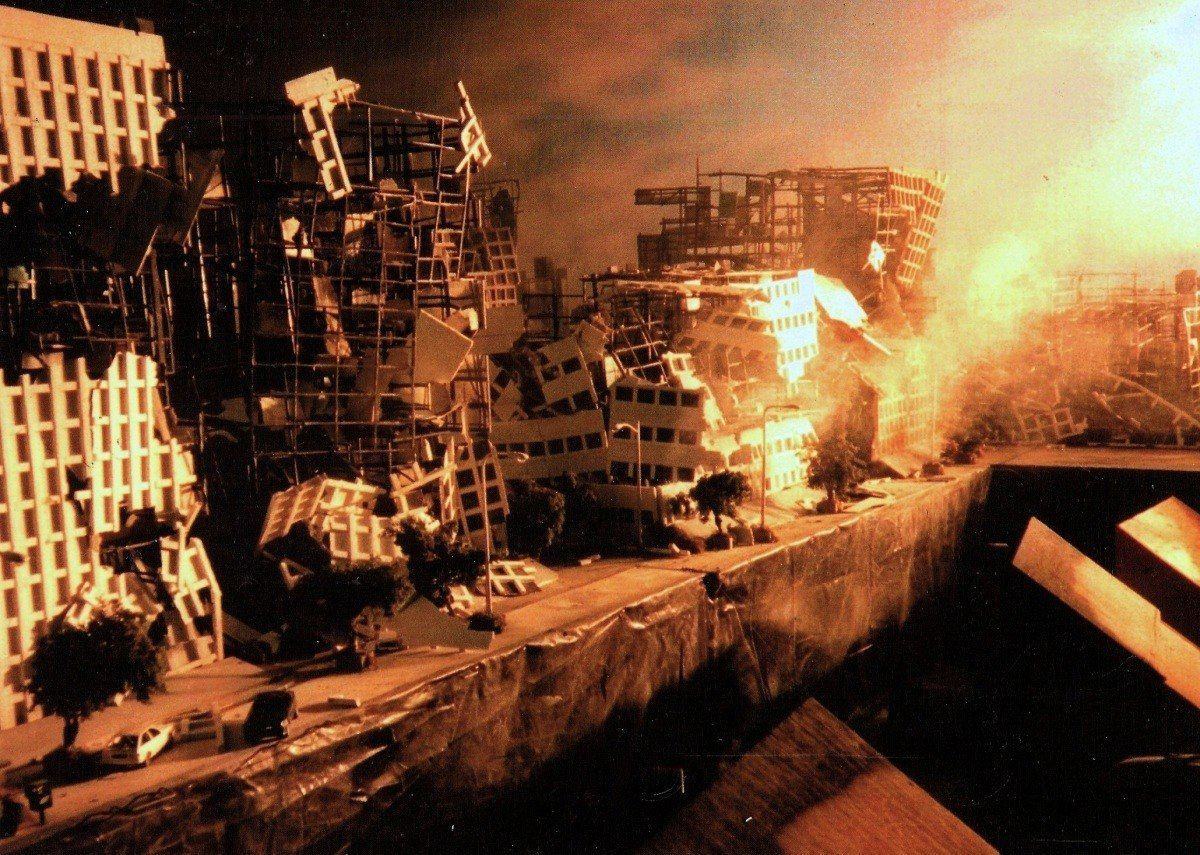 23f8020e2ee07380e1af088a1dc9c17c 10 Facts About Terminator 2 That Deserve A Thumbs-Up