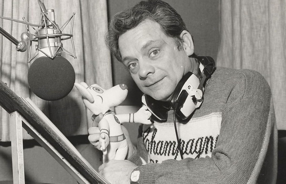 Sir David Jason doing the voice-over for Danger Mouse