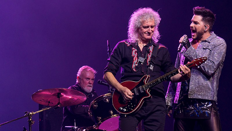 800px Queen And Adam Lambert The O2 Tuesday 12th December 2017 QueenO2121217 45 39066611155 25 Things You Need To Know About Bohemian Rhapsody