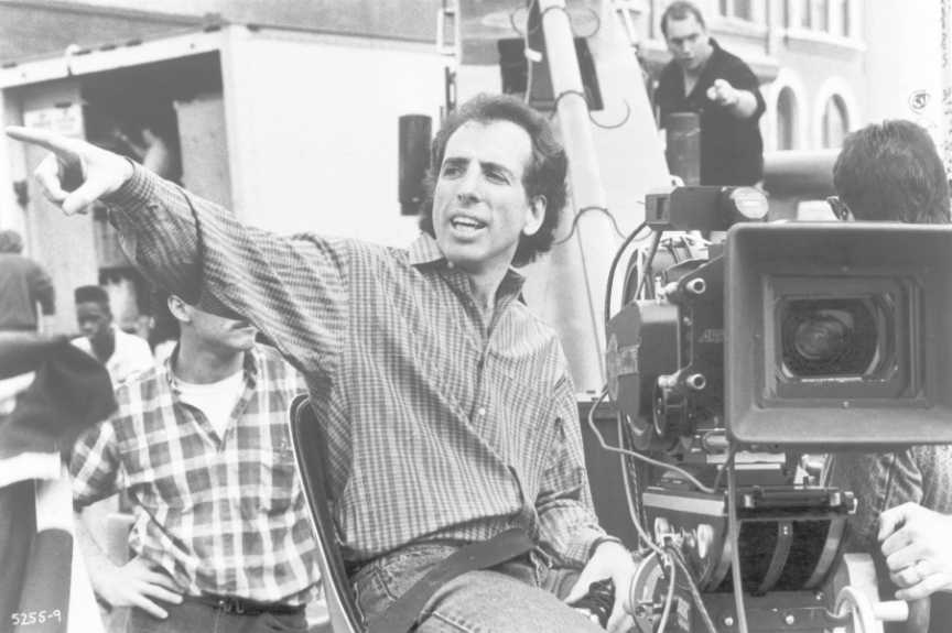 Director Jerry Zucker behind the set of Ghost ghost 1990 10922699 864 575 10 Things You Didn't Know About Ghost