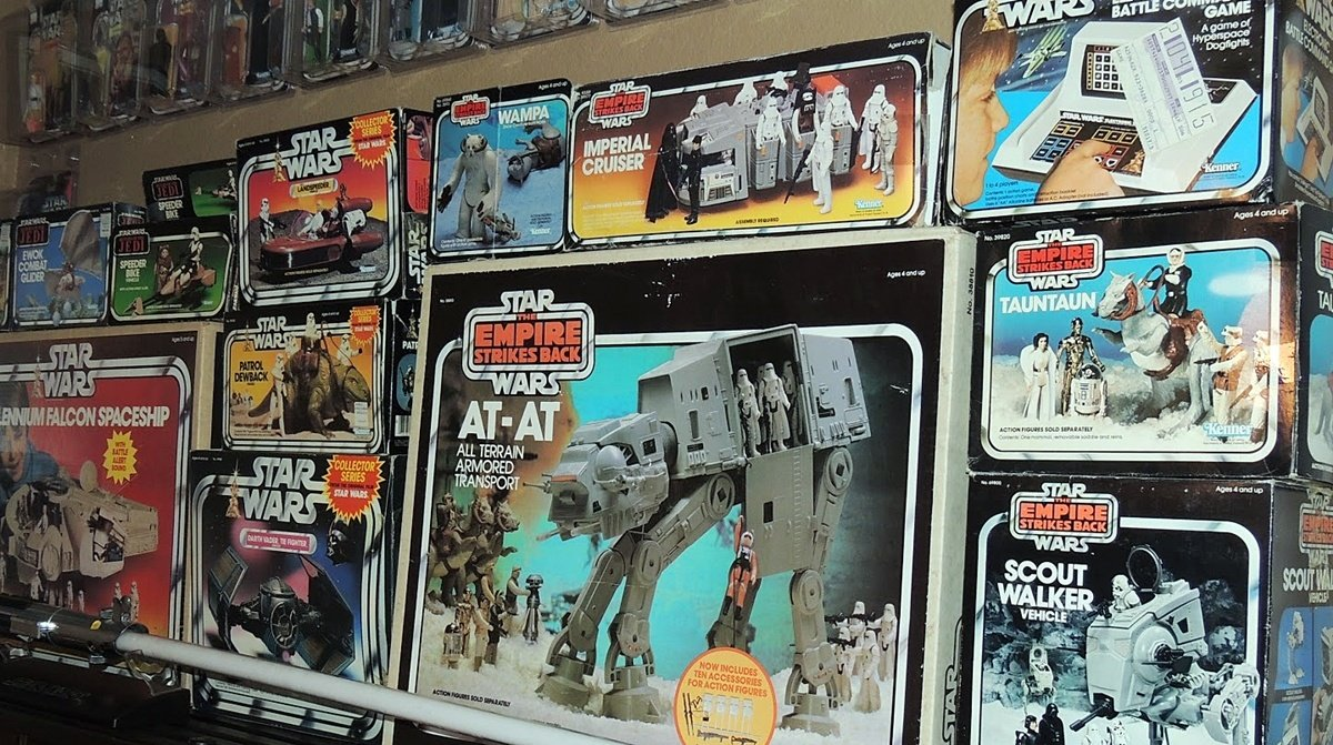 INTRO1 10 Star Wars Toys That Will Earn You A Fortune!