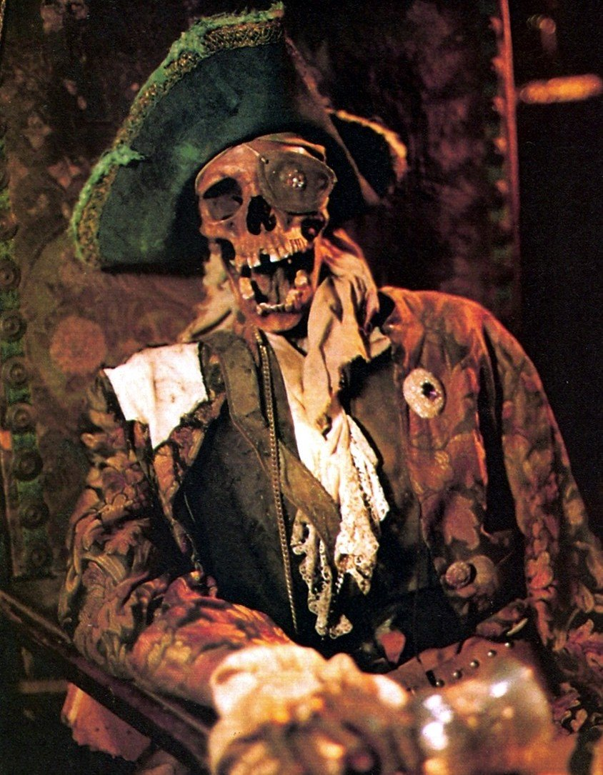 One-Eyed Willy pirate skeleton, The Goonies