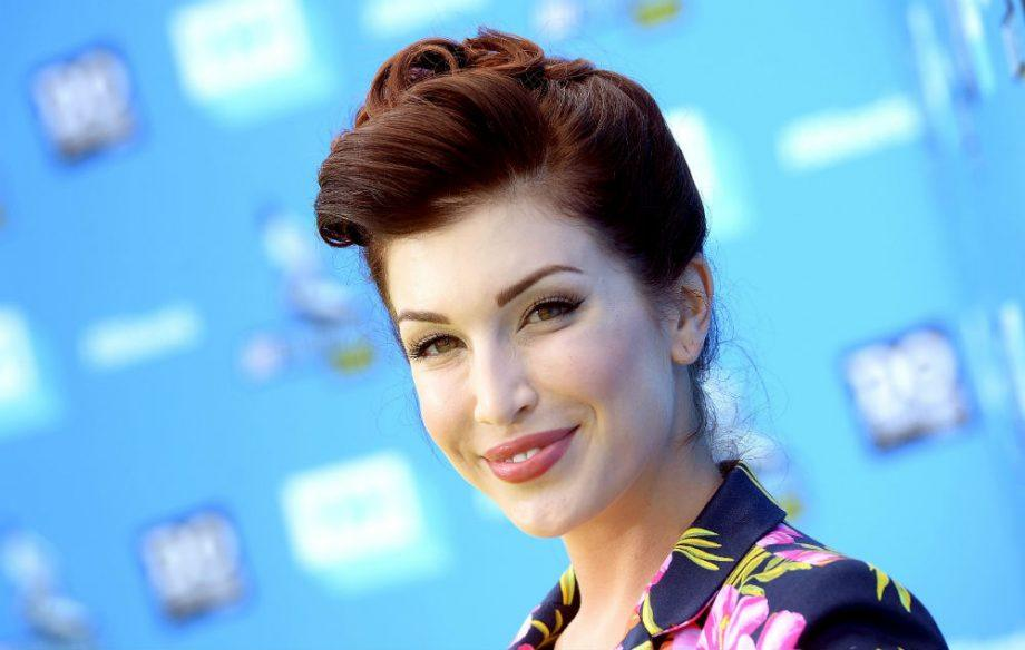 StevieRyan The 30 Most Haunting Final Tweets By Celebrities