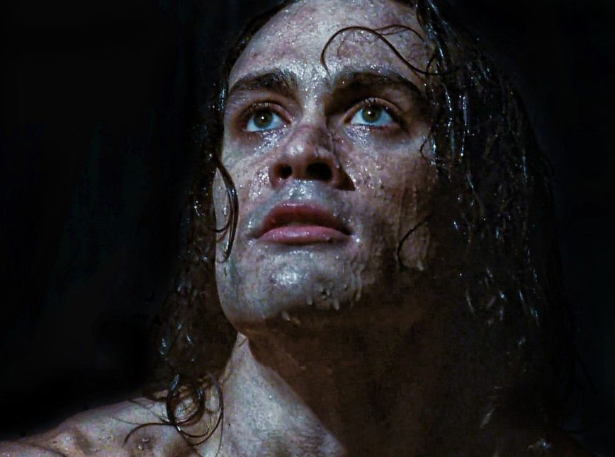 XIWmBIE e1613147655919 30 Haunting Facts About Brandon Lee's The Crow