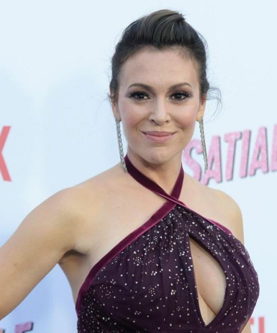 alyssa milano l 039 actrice d 039 insatiable sur netflix revient sur sa maladie mentale 1105976 e1559207419437 30 Hotties From Back In The Day