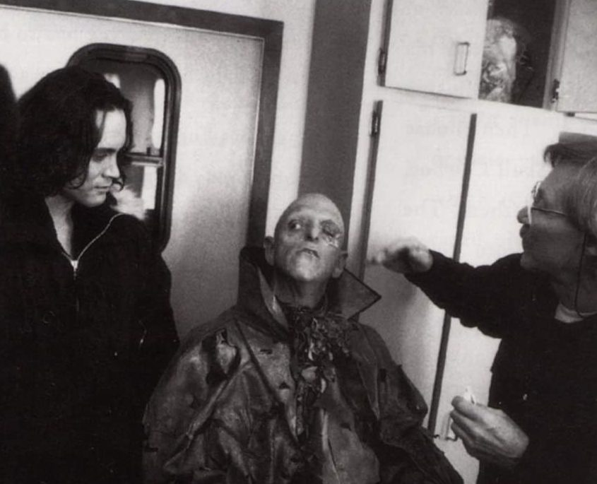 d8cf8rdx26x41 e1613148116699 30 Haunting Facts About Brandon Lee's The Crow