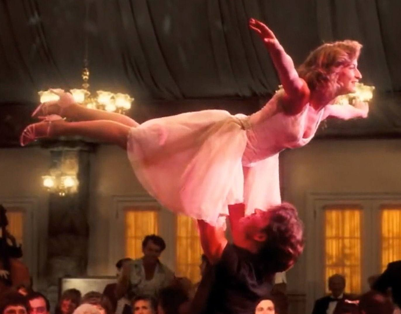 dd lift e1617277934403 30 Things You Probably Didn't Know About Dirty Dancing