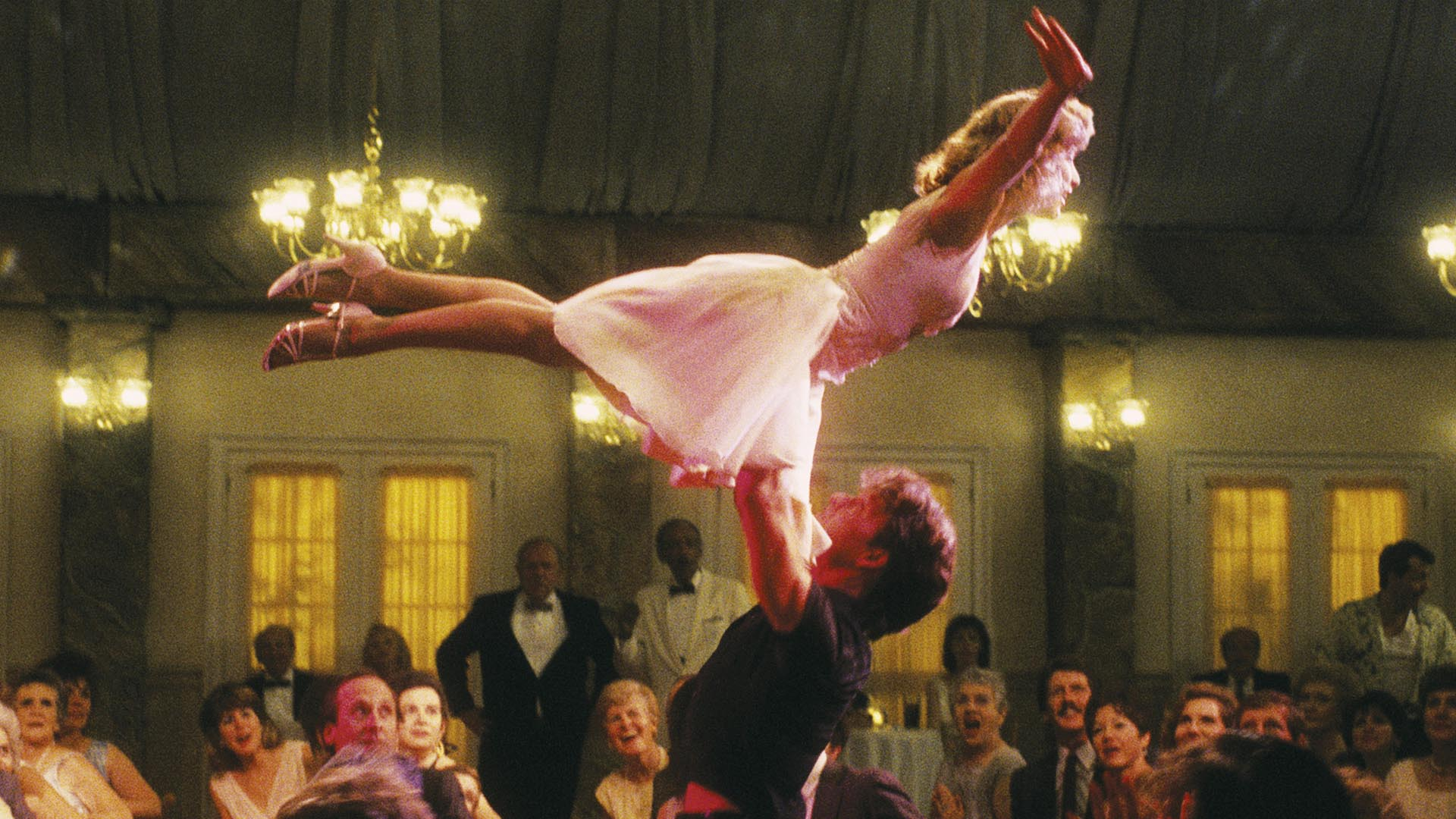 dirty dancing background 01 30 Things You Probably Didn't Know About Dirty Dancing