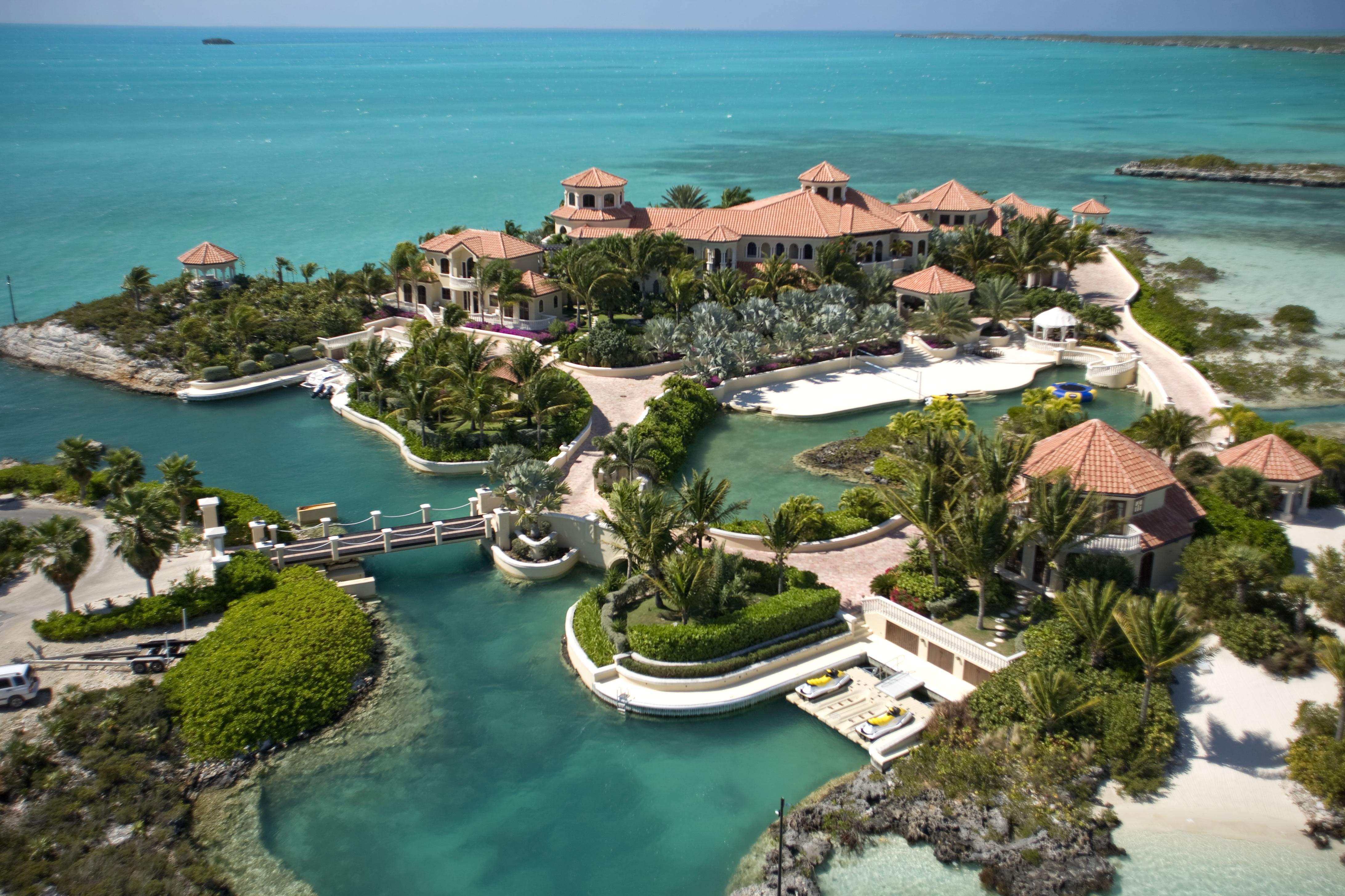 emerald cay turks and caicos 10 Celebrities Who Have Their Own Private Islands
